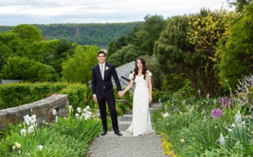 Claire and Jacob – Wave Hill